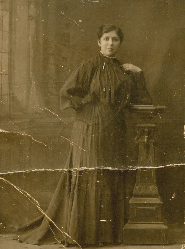 Fannie Podber, a few months after her marriage